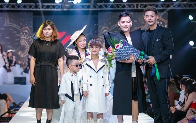 designer dac ngoc debuts collection during bangkok kids fashion show hinh 10