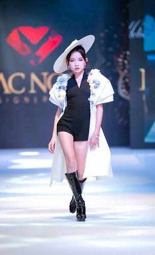 designer dac ngoc debuts collection during bangkok kids fashion show hinh 2