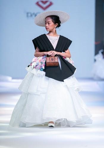 designer dac ngoc debuts collection during bangkok kids fashion show hinh 5