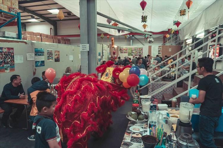 vietnamese expatriates in germany celebrate mid-autumn festival hinh 1