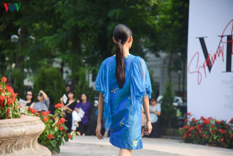 vietnam fashion week spring/summer 2020 opens to fanfare in hanoi hinh 6