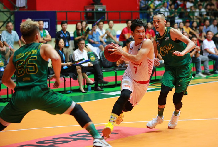 saigon heat wins first ever vba league trophy hinh 1