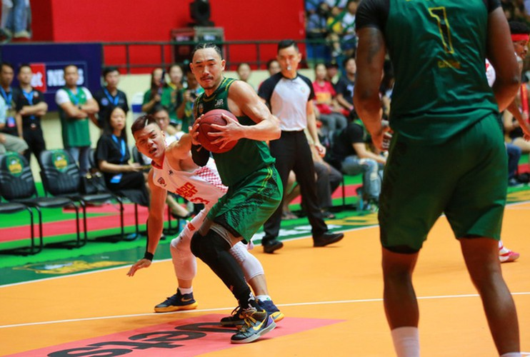 saigon heat wins first ever vba league trophy hinh 3