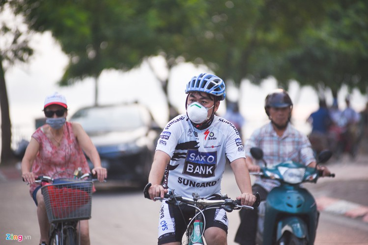worsening air pollution leaves hanoi residents worried hinh 9