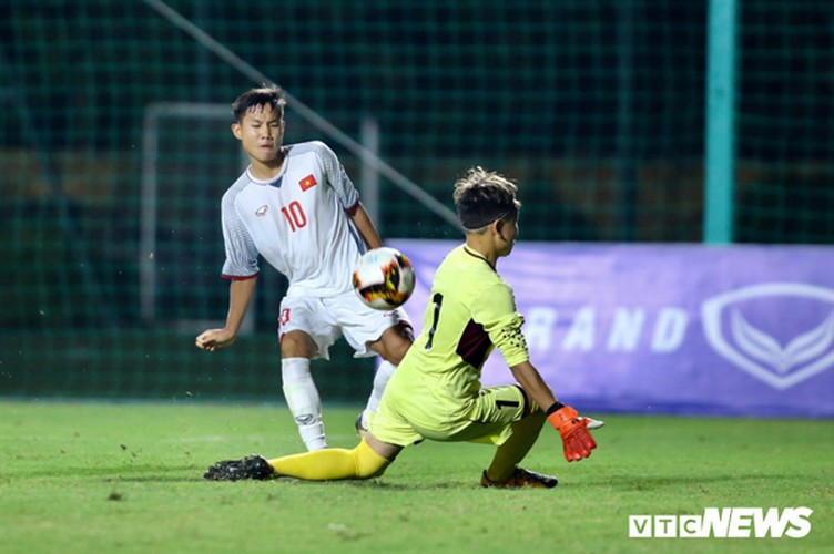 vietnam's u16s stroll to 7-0 win over mongolia in afc championship qualifiers hinh 1