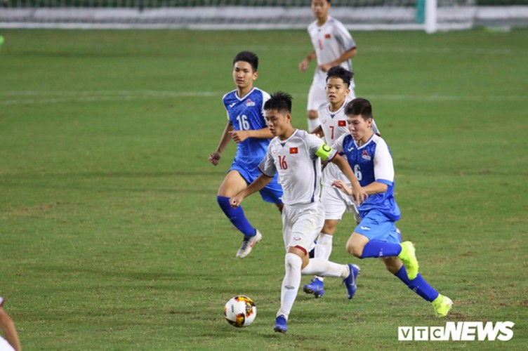 vietnam's u16s stroll to 7-0 win over mongolia in afc championship qualifiers hinh 2