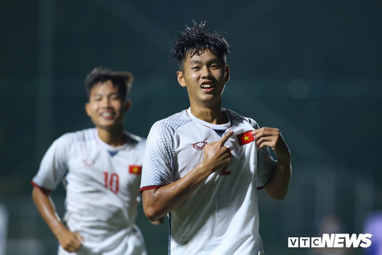 vietnam's u16s stroll to 7-0 win over mongolia in afc championship qualifiers hinh 3