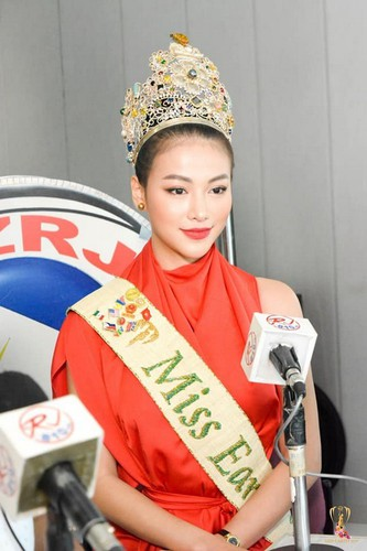 miss earth 2018 phuong khanh launches #meandmytree campaign hinh 3