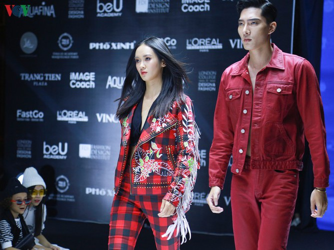 designers poised to debut fashion collections at vietnam international fashion week hinh 12