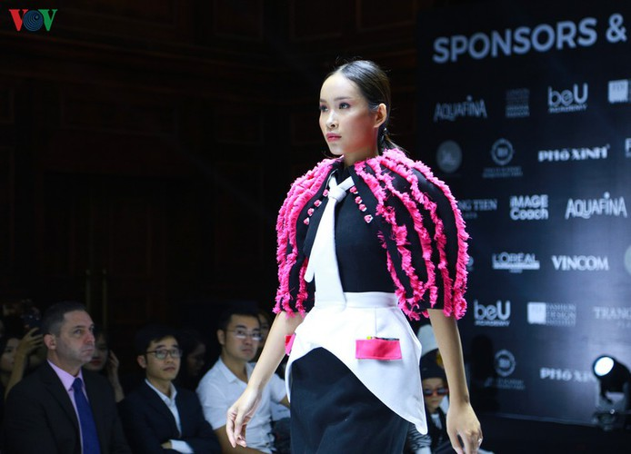 designers poised to debut fashion collections at vietnam international fashion week hinh 15
