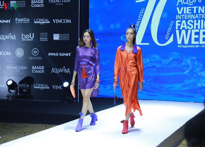 designers poised to debut fashion collections at vietnam international fashion week hinh 9