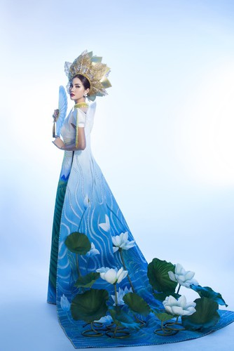 hoang hanh reveals national costume of 5,000 crystals for miss earth show hinh 9