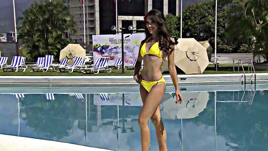 miss grand international contestants shine during swimsuit segment hinh 13