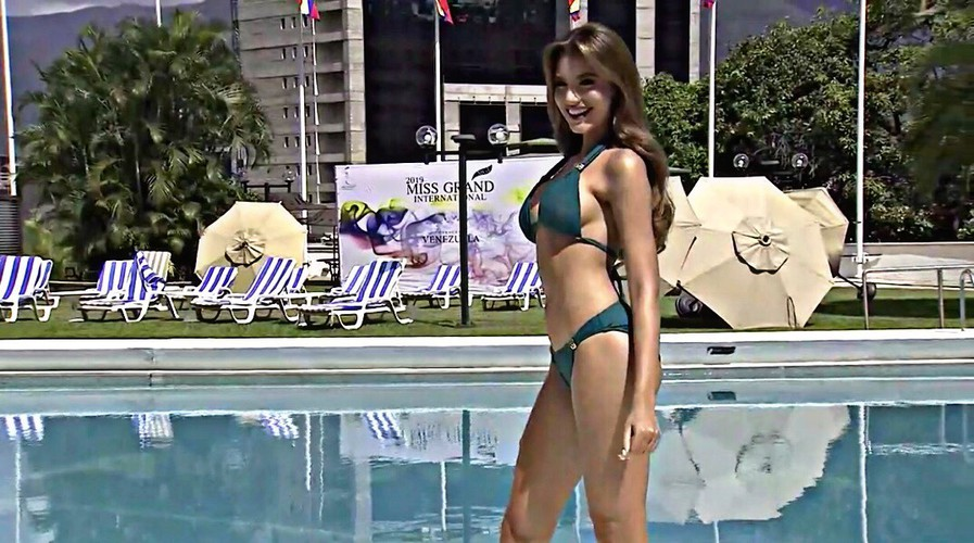 miss grand international contestants shine during swimsuit segment hinh 8