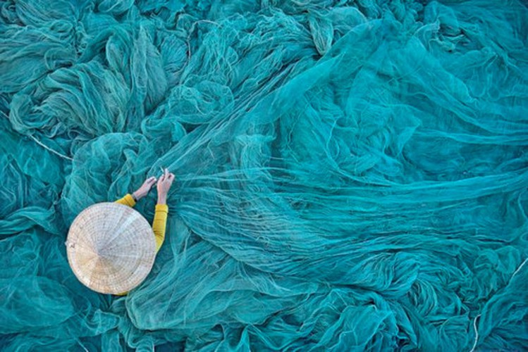 photo captured in vietnam named in top 10 of independent photographer award hinh 1