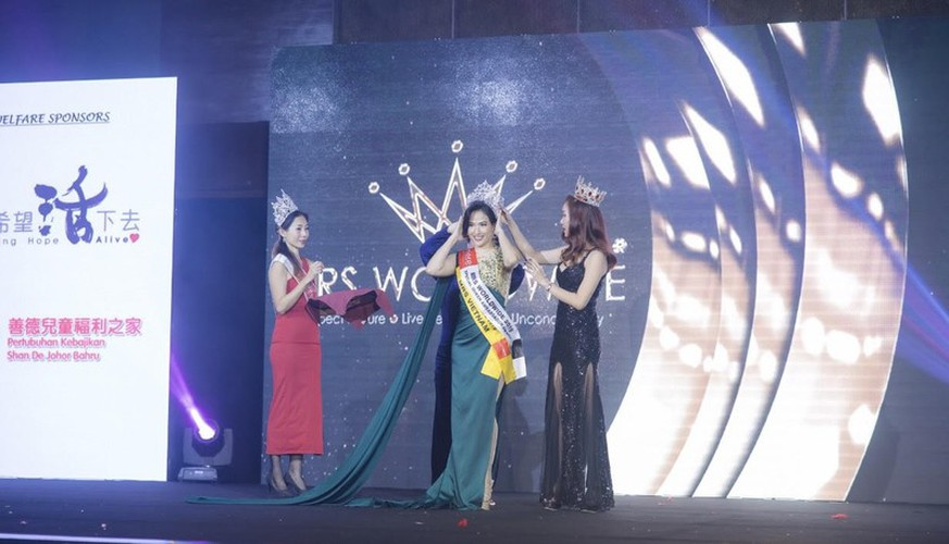 hoang hat finishes among top 10 of mrs worldwide 2019 hinh 2