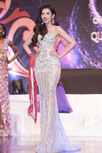 yen nhung awarded miss tourism global queen international 2019 crown hinh 2