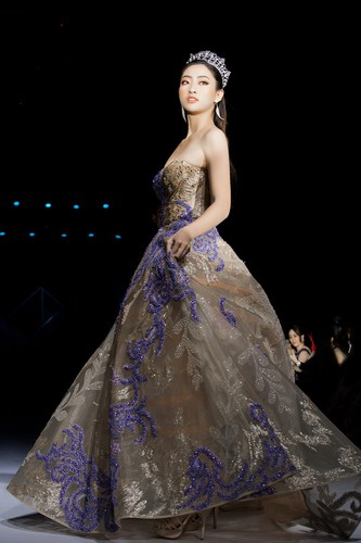 vietnam international fashion week 2019 opens in hanoi hinh 9
