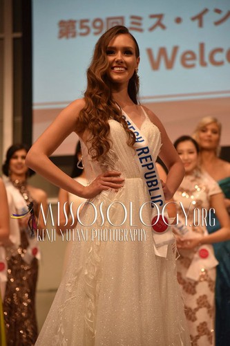 miss international contestants attend welcome party hinh 10