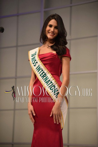 miss international contestants attend welcome party hinh 13