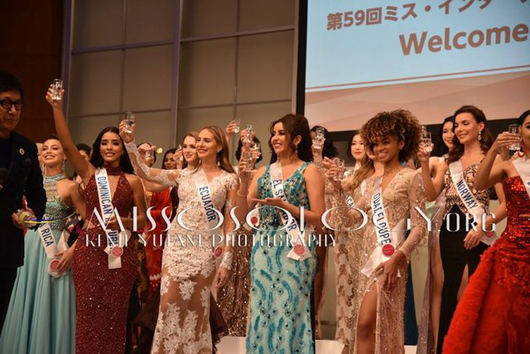 miss international contestants attend welcome party hinh 15