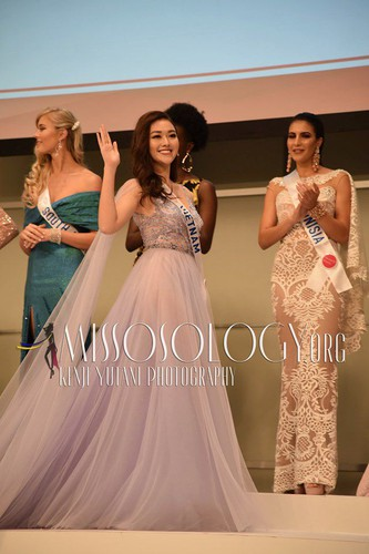 miss international contestants attend welcome party hinh 2