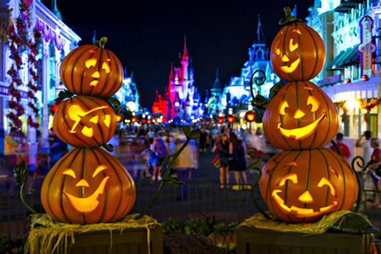 best spots for a halloween hangout in ho chi minh city hinh 3