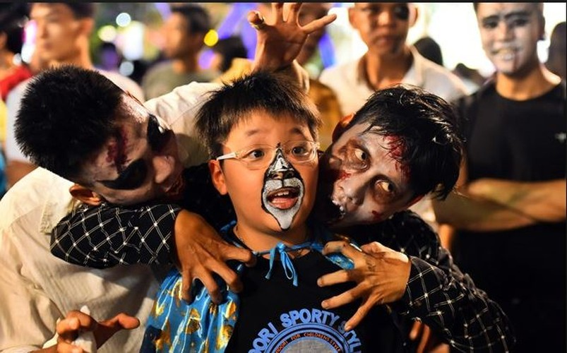best spots for a halloween hangout in ho chi minh city hinh 2