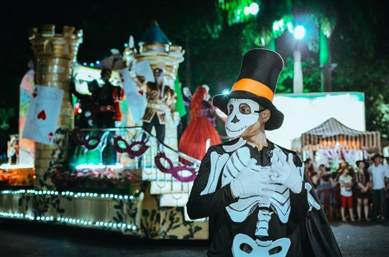 best spots for a halloween hangout in ho chi minh city hinh 7