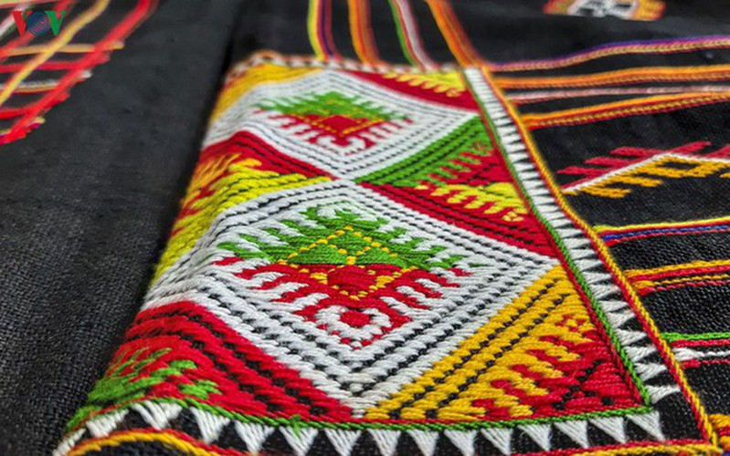 pieu scarf in thai ethnic people' life hinh 7