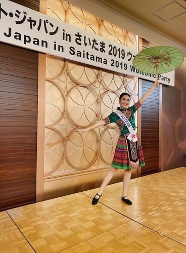 tuong san competes in talent segment at miss international hinh 3