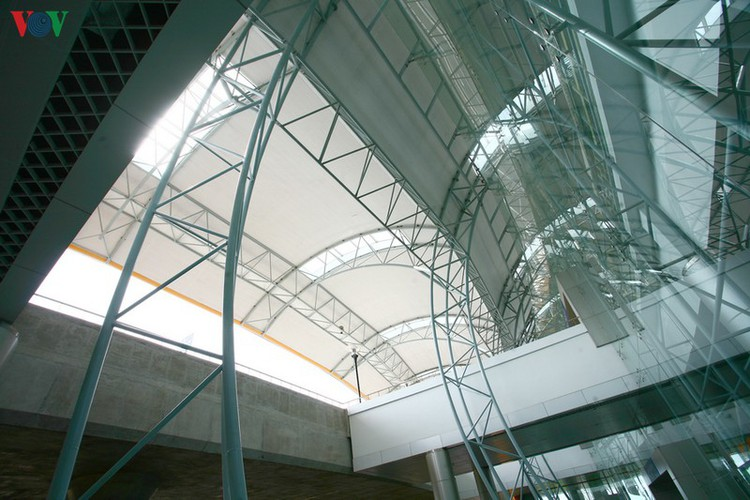 discovering the uniquely designed lien khuong airport hinh 9