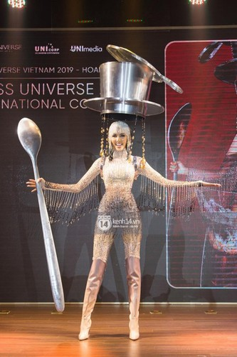 hoang thuy announces national costume choice for miss universe 2019 hinh 6
