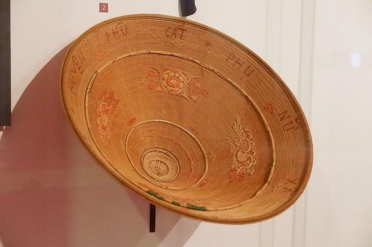 ao dai exhibition at vietnamese women's museum hinh 8