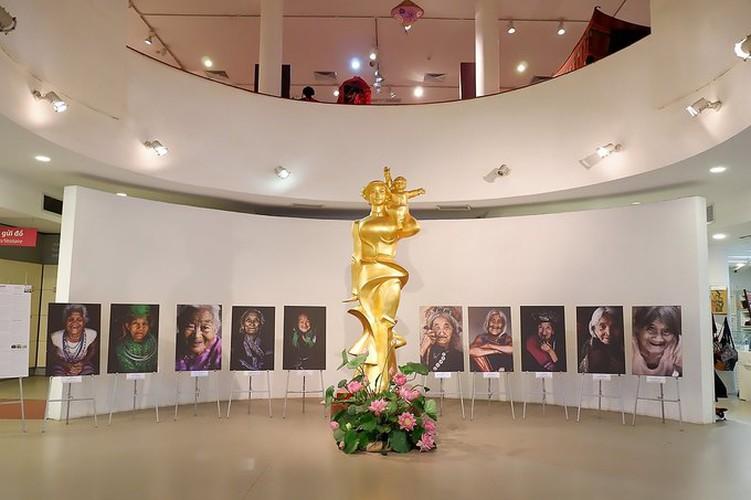 ao dai exhibition at vietnamese women's museum hinh 9