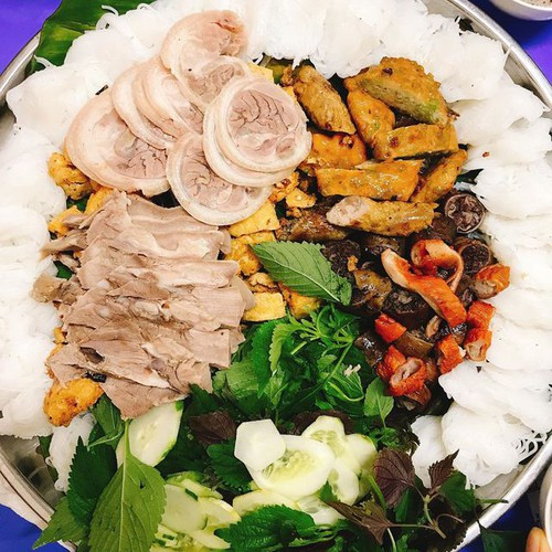 six delicious dishes to try during the winter in hanoi hinh 1