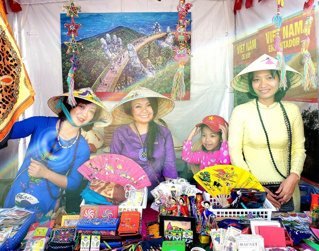 vietnamese embassy joins in second oriental festival in mexico hinh 4