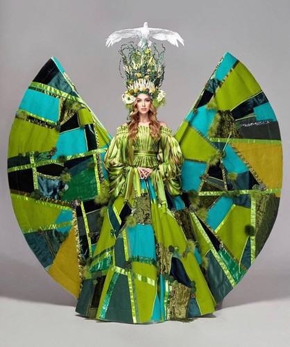 array of national costumes revealed for miss universe 2019 hinh 2
