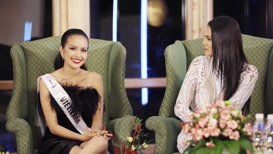 ngoc chau wins first round of suprachat segment at miss supranational 2019 hinh 3