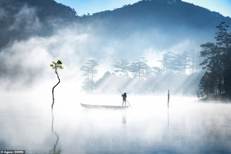 local photographers into top 50 of #landscape2019 contest of agora images hinh 1