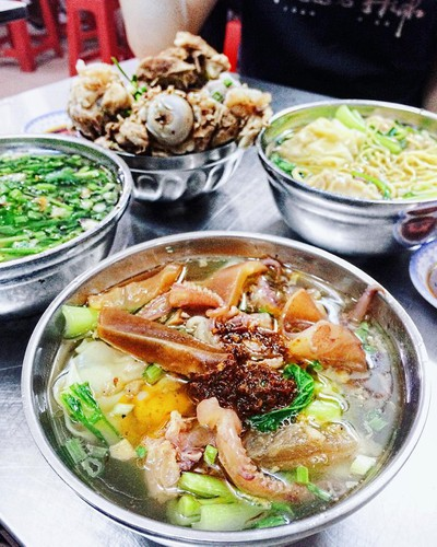 unmissable food streets of hcm city hinh 7