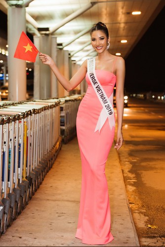 hoang thuy finishes among the top 20 of miss universe 2019 hinh 1