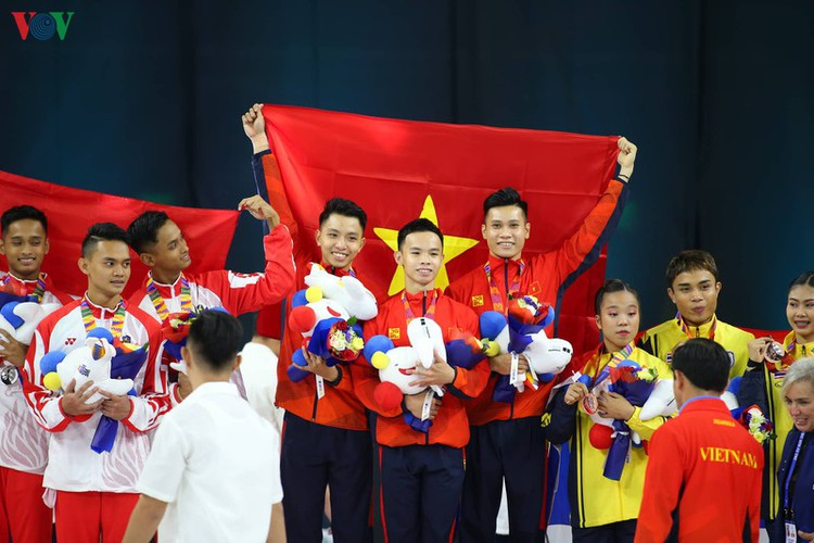 vietnamese athletes win 70 gold medals during ongoing sea games 30 hinh 2