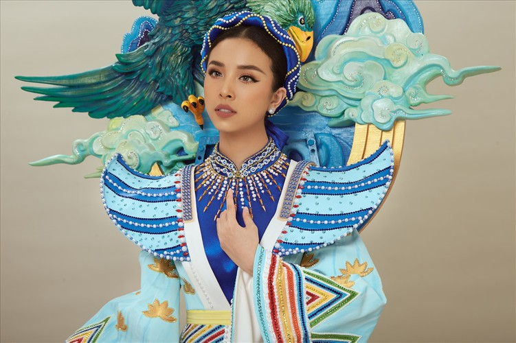 thuy an reveals national costume for miss intercontinental 2019 hinh 2