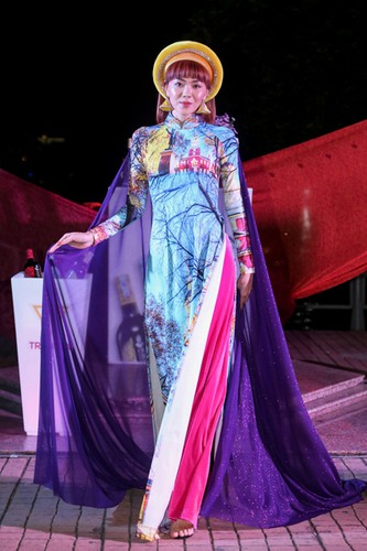 images showcasing world heritage sites featured on traditional ao dai hinh 6