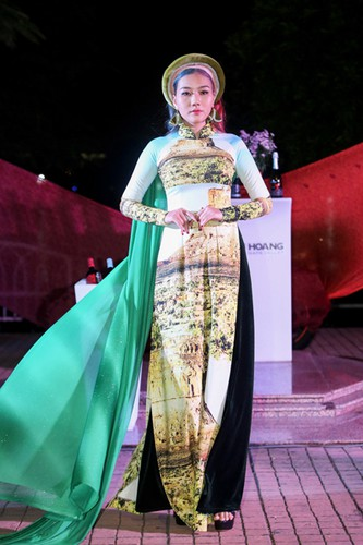 images showcasing world heritage sites featured on traditional ao dai hinh 7