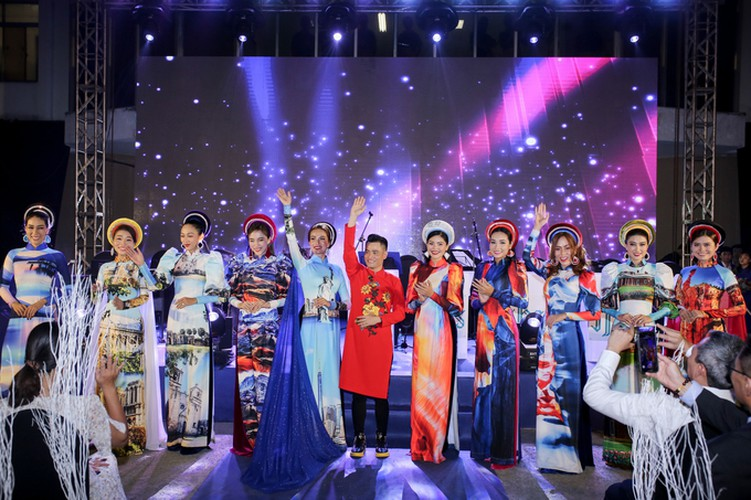 images showcasing world heritage sites featured on traditional ao dai hinh 8