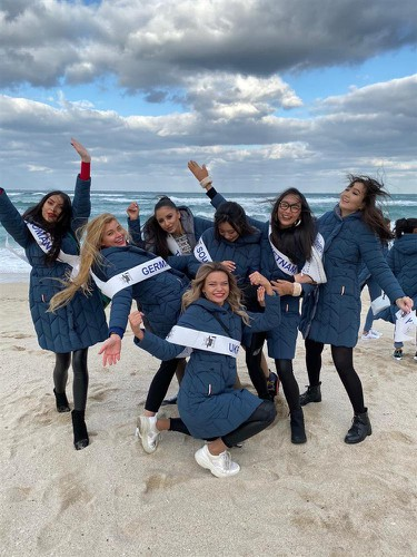 thanh khoa wins world miss university 2019 crown hinh 13