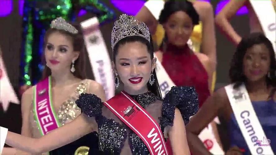 thanh khoa wins world miss university 2019 crown hinh 2
