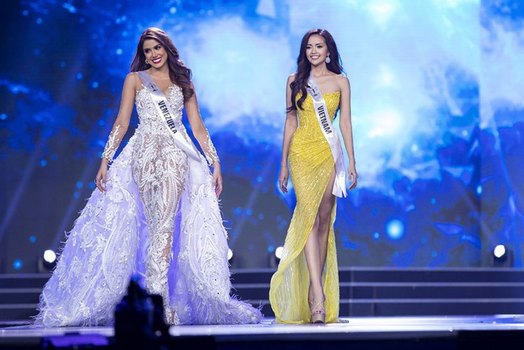 impressive outfits worn by vietnamese beauties in global pageants during 2019 hinh 11
